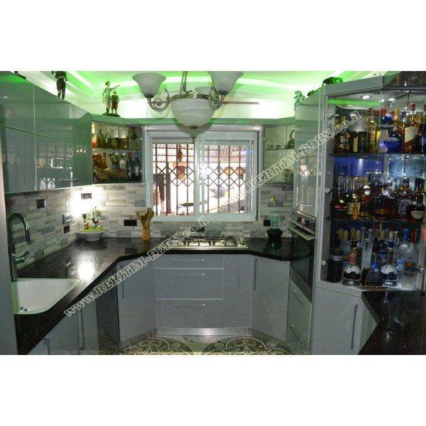 HIGH GLOSS / Кухня  в Израиле